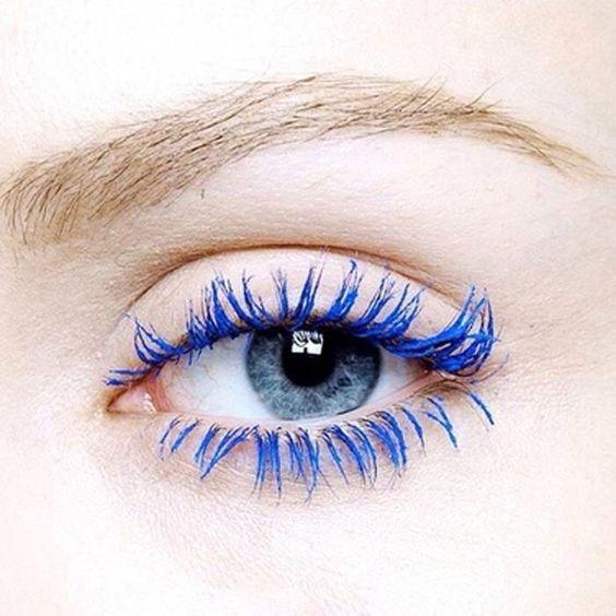 rímel azul classic blue 2020